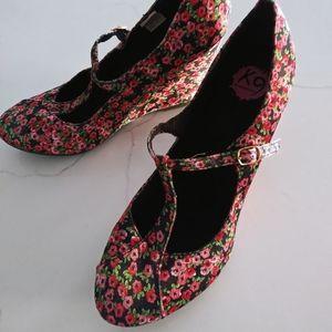 K9 Rocketdog Floral Wedge Shoes